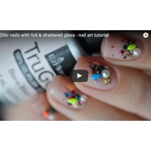 Chic nails with foil & shattered glass - nail art tutorial